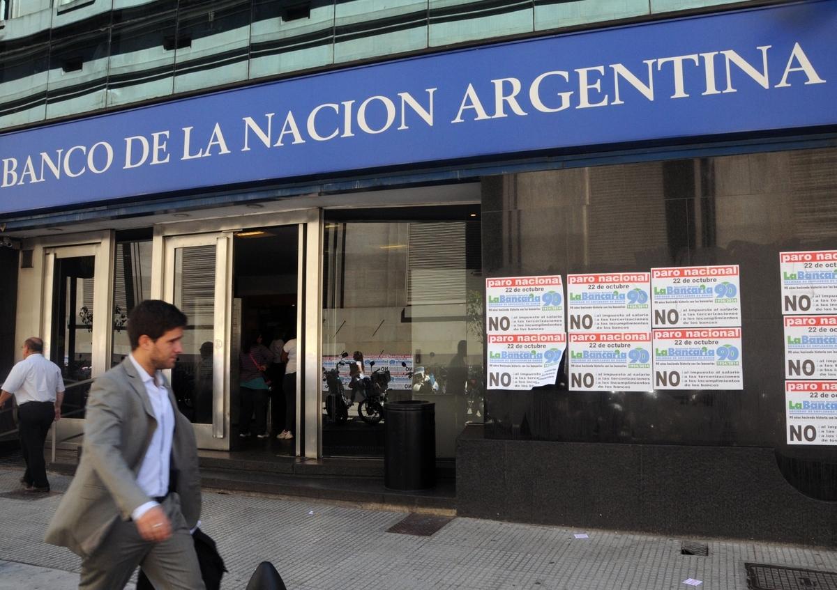 Triaca dictó conciliación obligatoria y espera desactivar las huelgas en los bancos Nación y Provincia