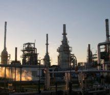 YPF se quedó con la petrolera Oil y la exRefinería San Lorenzo y los trabajadores piden ser reincorporados