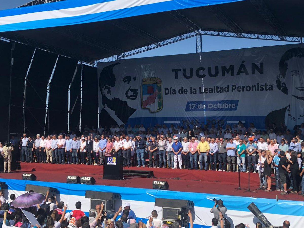 La CGT tuvo su 17 de octubre con Scioli y Massa y se entusiasma con un rol protagónico en el peronismo federal