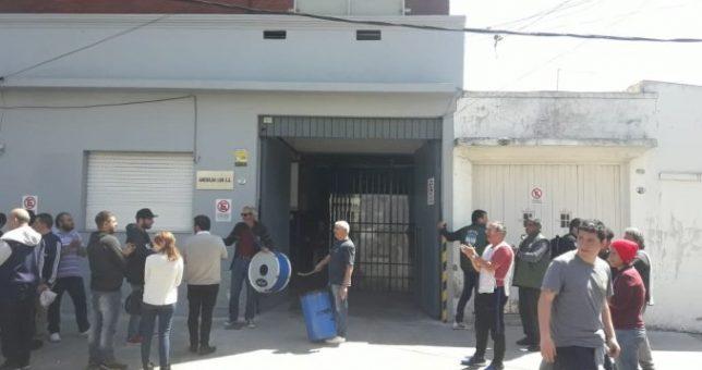 Despiden sin indemnización a más de una docena de empleados de la firma Stone