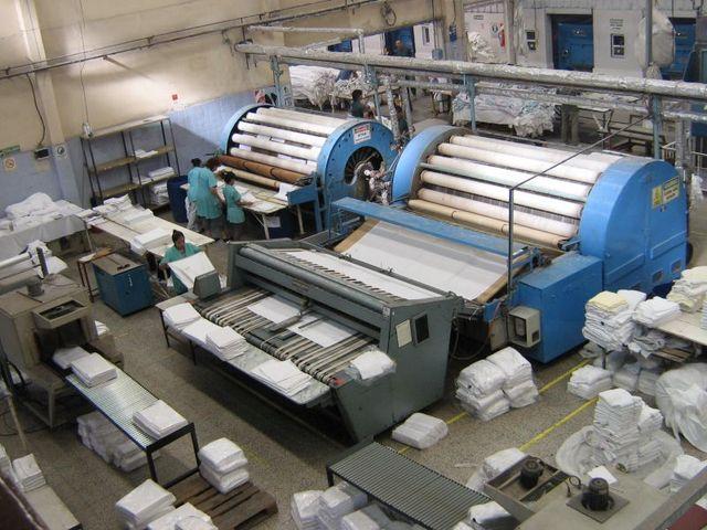 """Imputan a empresario de lavaderos industriales por """"amedrentar y amenazar"""" a un delegado"""