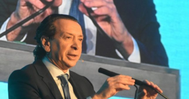 """Ahora Sica dice que el bono será """"obligatorio"""" para el sector privado"""