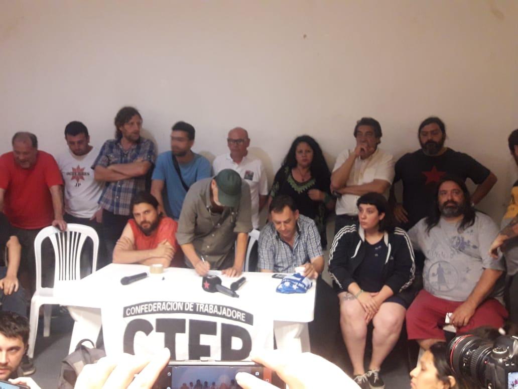 Las organizaciones sociales y la CTA Autónoma marchan para repudiar el asesinato de dos militantes de la CTEP