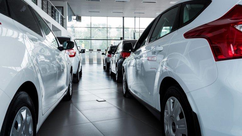 Volvieron a caer las ventas de autos y las concesionarias ya preparan 2 mil despidos
