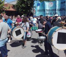 Los municipales paralizan las actividades en Mar del Plata y amagan con boicotear la temporada