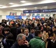 Aeronavegantes amenazan con un paro nacional en pleno recambio turísitico