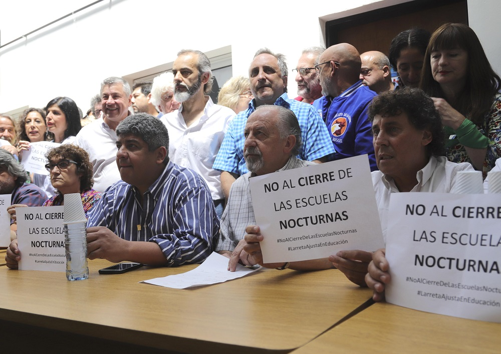Moyano y las CTA irán a la justicia y lanzan una raid de marchas contra los tarifazos