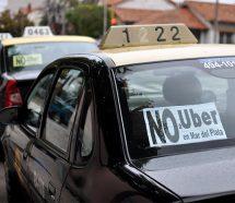 Paro total de taxistas y remiseros en Mar del Plata para exigir sanciones contra Uber