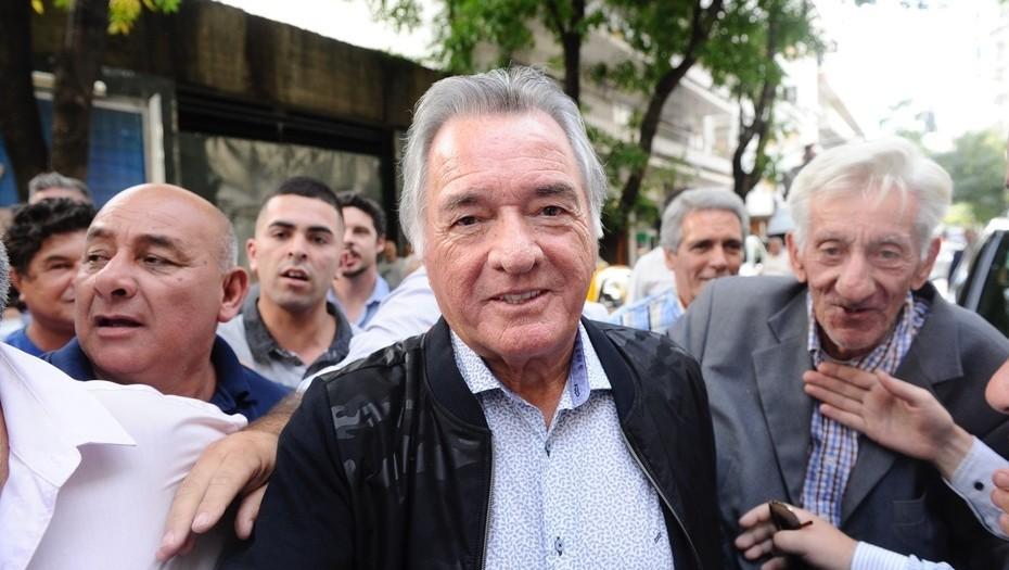 Barrionuevo dijo que apoyará a Lavagna, aunque se sospecha que es una colectora de Massa