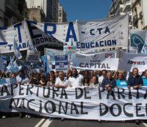 El 80% de los docentes de la Argentina se encuentra debajo de la línea de pobreza