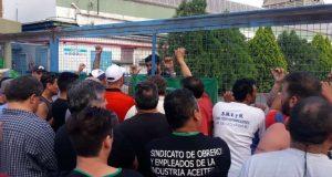 Bajo la amenaza de una huelga nacional, audiencia clave por los 195 despidos en la aceitera Cofco