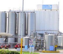 Empleados denuncian flexibilización laboral y despidos en Nestlé
