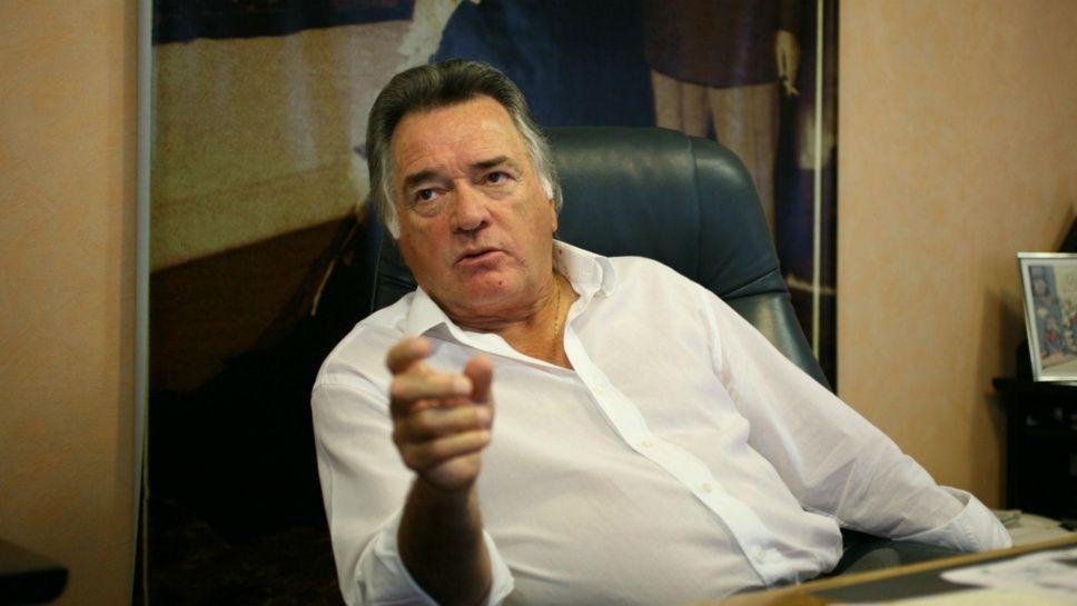 Barrionuevo ya «aconseja» al gobierno para que avance la reforma laboral