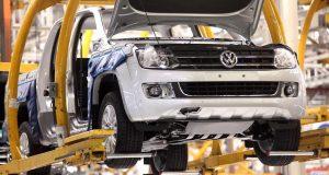 Volkswagen suspendió a 400 operarios y se profundiza la crisis automotriz