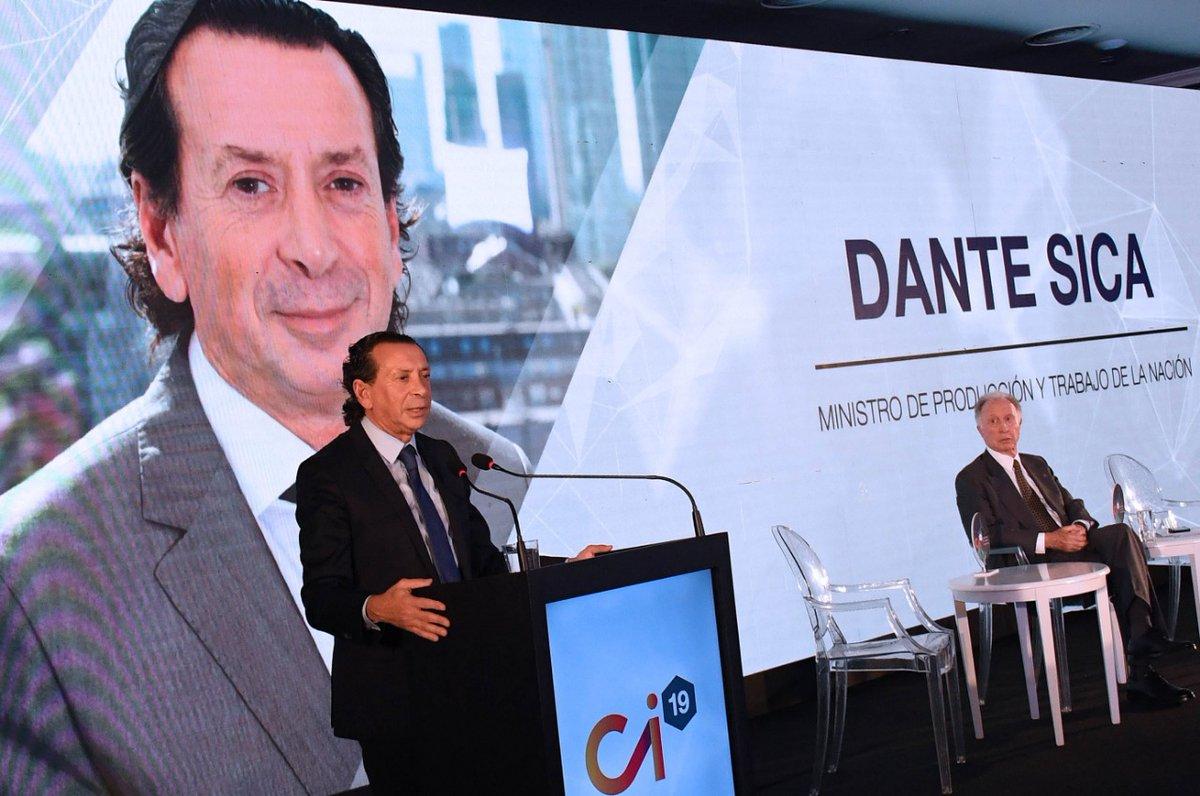 """Dante Sica reconoció que «la crisis ha pegado fuerte"""""""