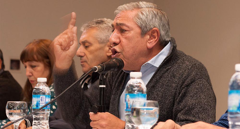 Daer pide 40% con cláusula de gatillo mensual y desafía la pauta salarial del Gobierno