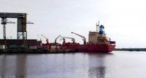 Crisis en el puerto de San Pedro: empresas piden suspender 150 empleados sin goce de sueldo por 75 días