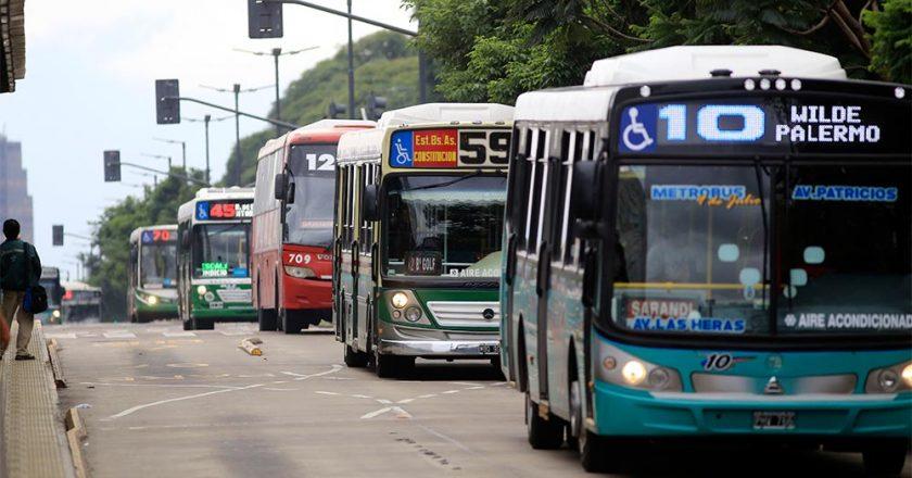 El Gobierno gira 500 millones a empresas de transporte para tener un fin de año de paz con la UTA