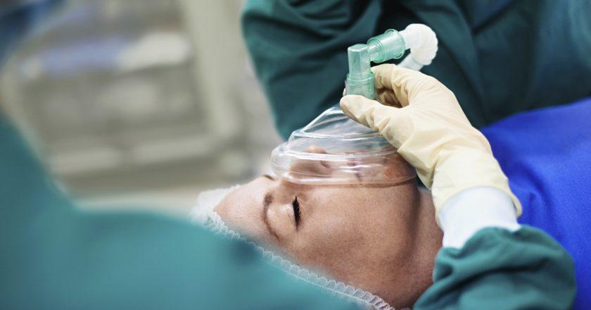 Realizan derivaciones de urgencias ante el paro de anestesistas en el interior bonaerense