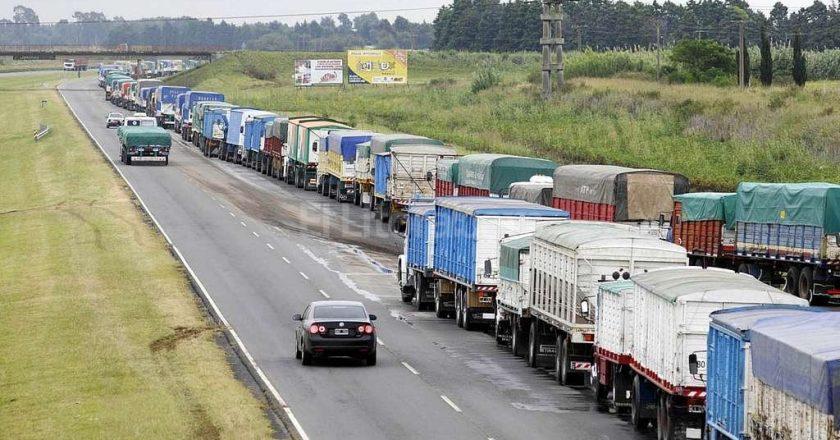 Los portuarios temen por el impacto en las terminales del paro de transportistas