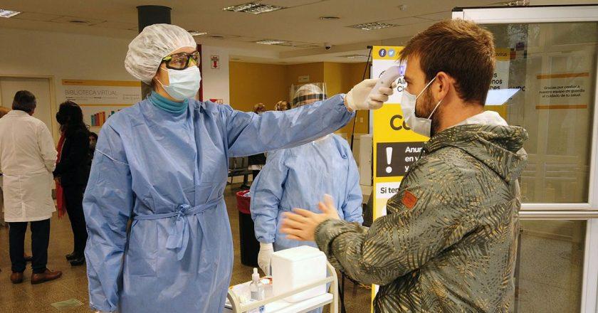 Los médicos del sistema público de Santa Fe se cortaron de los privados y aceptaron la propuesta de aumento salarial