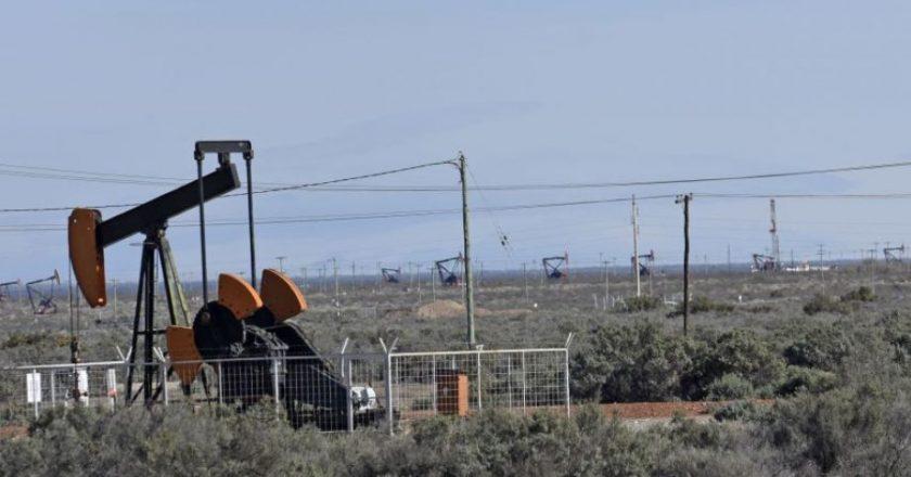 Petroleros en estado de movilización por el bono de 50 mil pesos