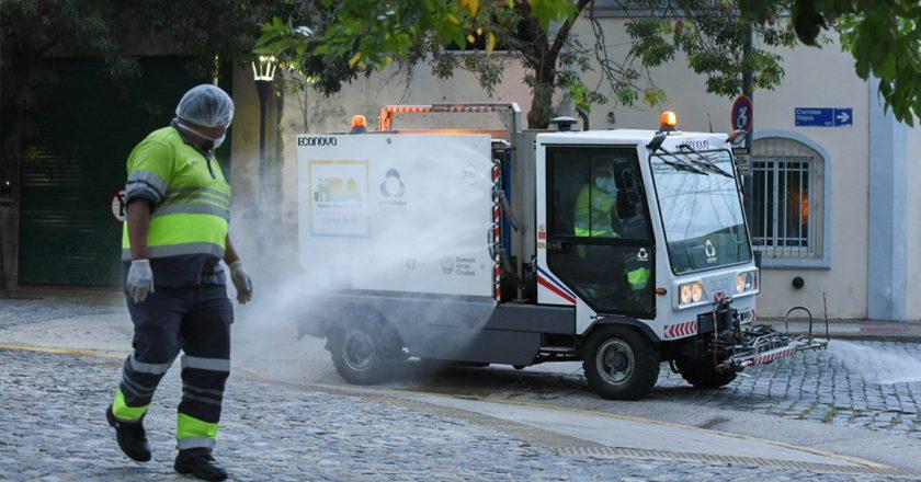 Recolectores de residuos protestaron frente al gobierno porteño por la amenaza de recortes salariales