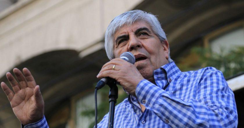 Hugo Moyano le escribió a Larreta: «No podemos concebir la injusticia de «recompensar» el esfuerzo de los trabajadores con un recorte»