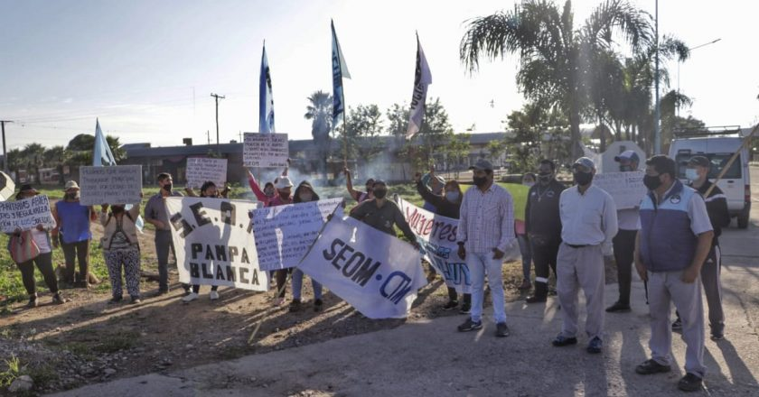 En un logro histórico del sindicato del «Perro» Santillán, anunciaron la regularización laboral de 1.600 municipales precarizados en Jujuy