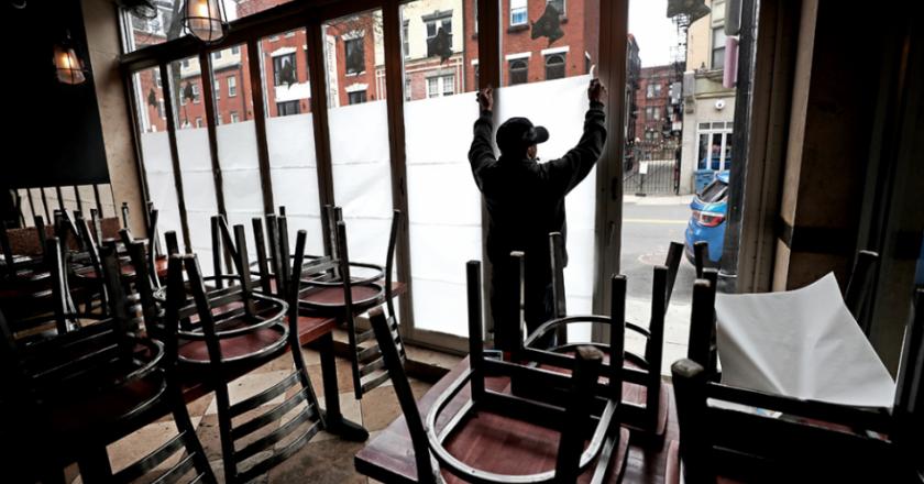 El Gobierno le pagó parte de los salarios de enero a más de 21 mil trabajadores hoteleros