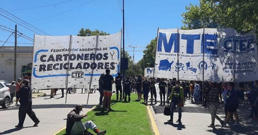 Cartoneros reprimidos y detenidos en San Vicente
