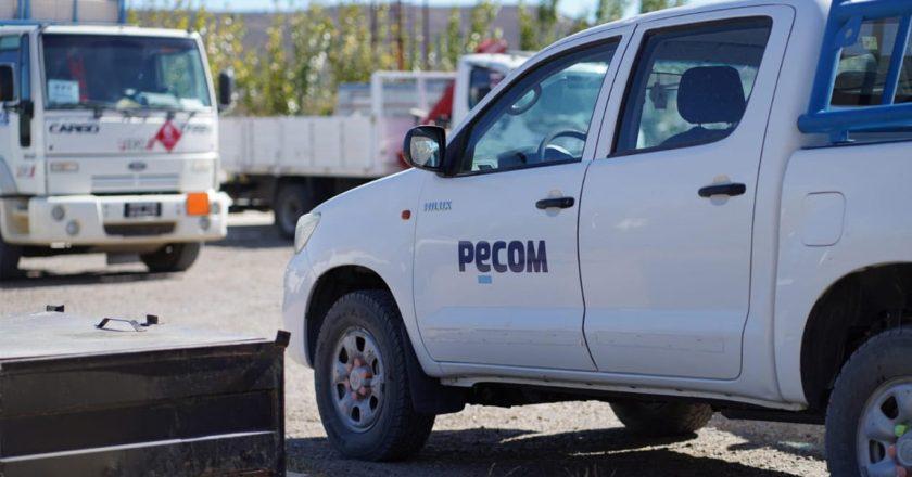 Petroleros iniciaron un paro por personal de Pecom: «YPF está yendo a contramano»