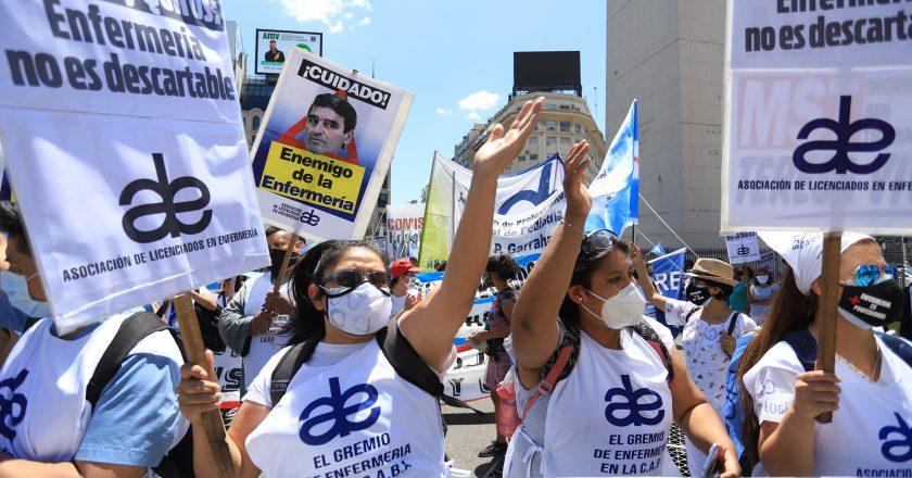 A más de un año del inicio de la pandemia, los enfermeros todavía le reclaman a Larreta el reconocimiento profesional y un aumento salarial