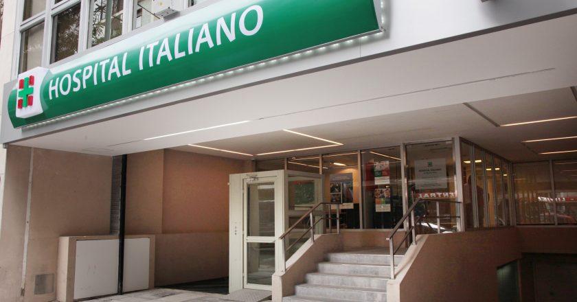 En medio de la polémica por la vacunación VIP, trabajadoras denuncian que el Hospital Italiano le descuenta las horas a las madres por llevar a los hijos a la escuela