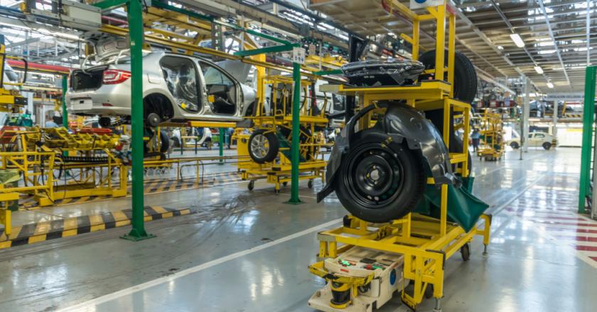 Renault confirma la creación de 1.000 empleos en su planta de Córdoba y Smata se entusiasma con producir casi 500.000 unidades en 2021