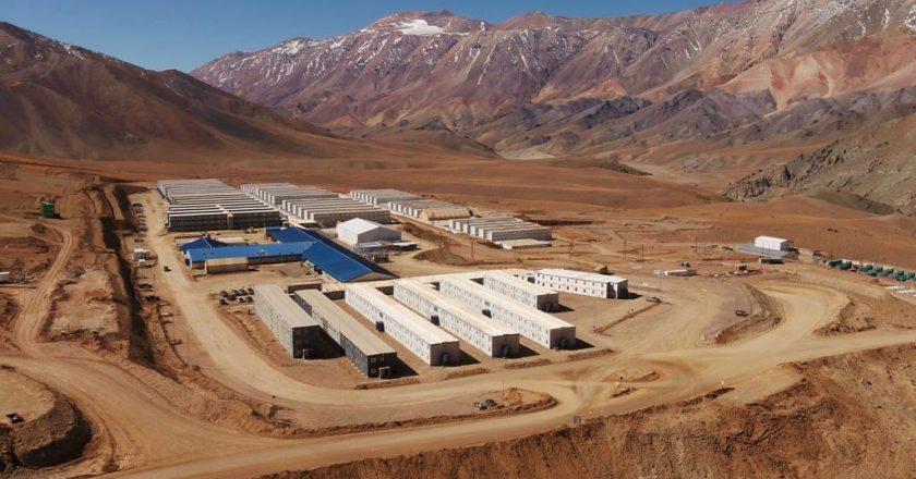 Denuncian un pacto entre la Barrick y el gremio minero para robarle afiliados al resto de los gremios que tienen trabajadores en Veladero