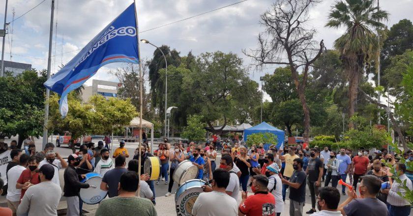 La oposición desautoriza a Roberto Fernández y viaja a resolver el conflicto con Massa por los 80 despidos en La Rioja