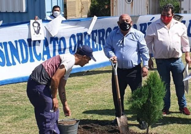 Marineros recordaron a sus desaparecidos: «La única causa por la cual perecieron fue defender los derechos de los trabajadores»