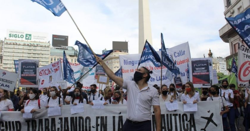 Trabajadores de LATAM escracharán la reapertura de Aeroparque: «Queremos la reapertura pero con todos los trabajadores adentro»