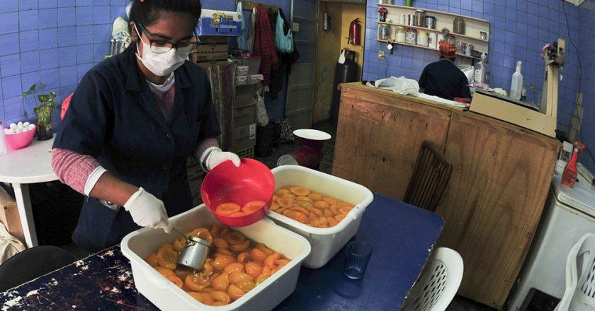 El Gobierno le destina 70 mil vacunas a las organizaciones sociales para inmunizar trabajadores de comedores y merenderos