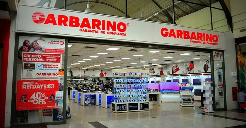 Garbarino en crisis: salarios adeudados, cierre de sucursales y un conflicto irresuelto con Moyano