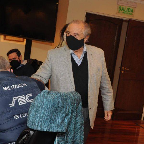 Cavalieri firmó 32% con revisión en enero y lleva el salario inicial de Comercio a casi 75 mil pesos