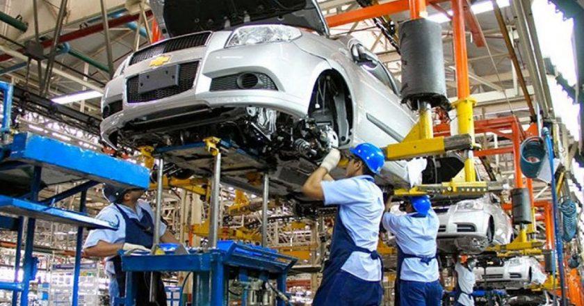 Mientras SMATA negocia el segundo tramo paritario del año, las empresas reportan un repunte de la producción del 125%