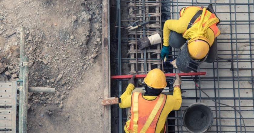 Empujada por la obra pública, la construcción volvió a crecer en julio y acumula un alza del 53% en siete meses