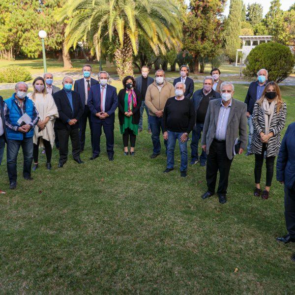 Fernández le informó a la CGT el nombre del reemplazante de Zanarini al frente del organismo que maneja los fondos de las obras sociales