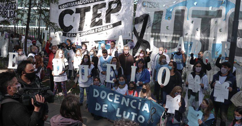 Los gremios docentes porteños cumplieron 3 semanas de paro y continúan con su plan de lucha