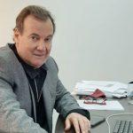 Fernández oficializó la designación de Daniel López al frente del organismo que administra los fondos de las obras sociales