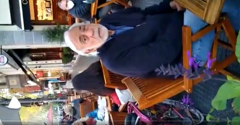 Un chofer increpó a Roberto Fernández a la salida de la reunión con el Presidente: «¿Sabés los choferes que se están cagando de hambre gracias a vos?»