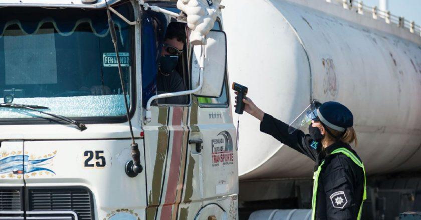 Moyano calificó de «irrisoria» la primera propuesta de las cámaras y se tensa la paritaria camionera