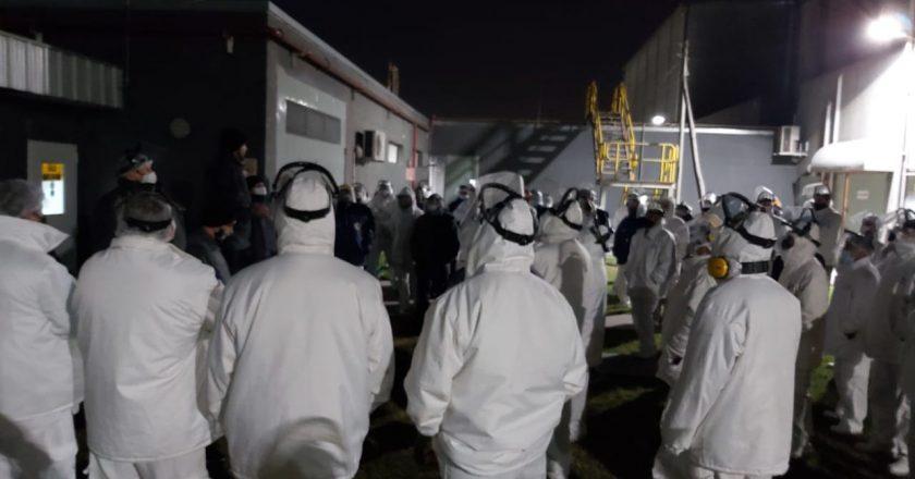 Perez Companc insiste en su negativa de recomponer los salarios y los trabajadores paralizan la planta que Molinos tiene en Burzaco